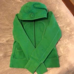 💚💚Lululemon Green Scuba Hoodie💚💚